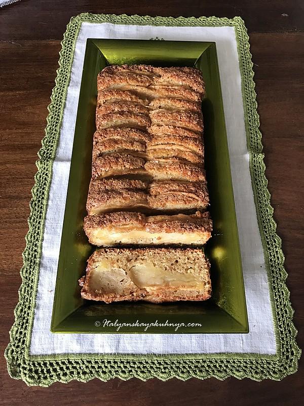 Яблочный кекс с амаретти на цельнозерновой муке