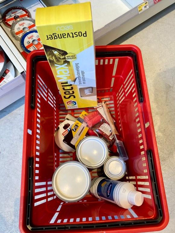 Home improvement store basket