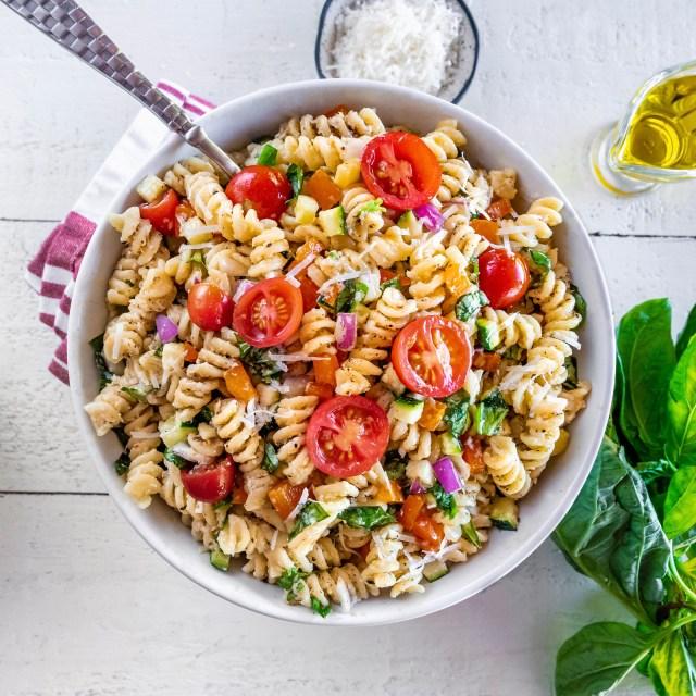 cacio e pepe summer pasta salad
