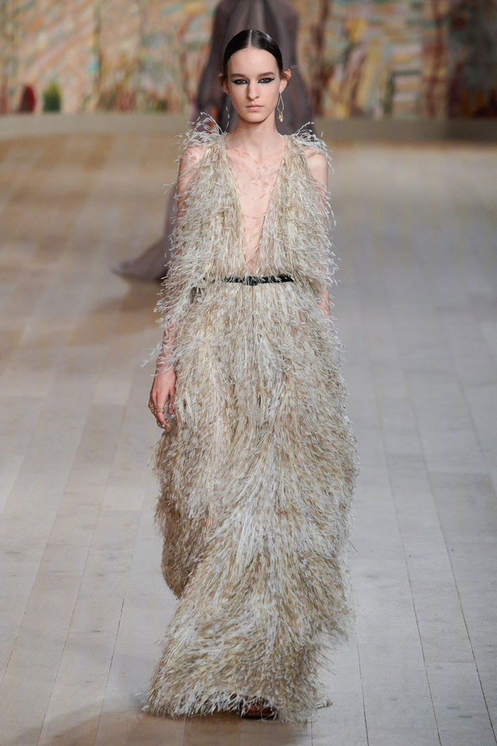18_christian-dior-couture-fall-2021
