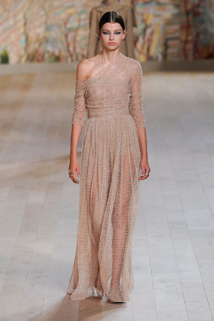 3_christian-dior-couture-fall-2021
