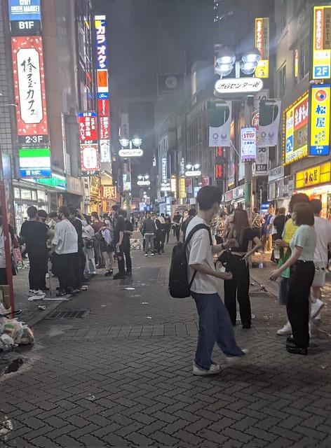 午前0時の渋谷センター街