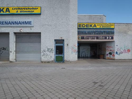 Alles eng, 84489 Burghausen