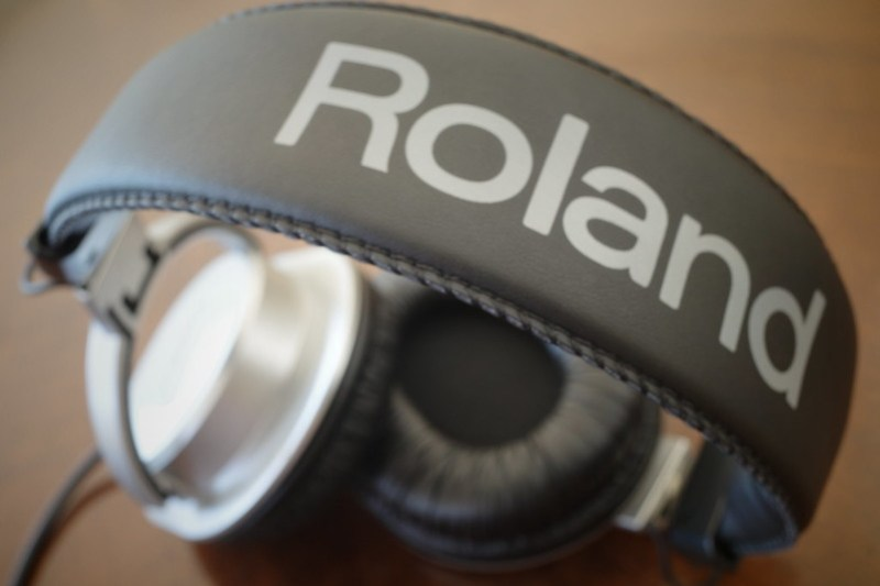 RH-200S Roland Monitor Headphones 17