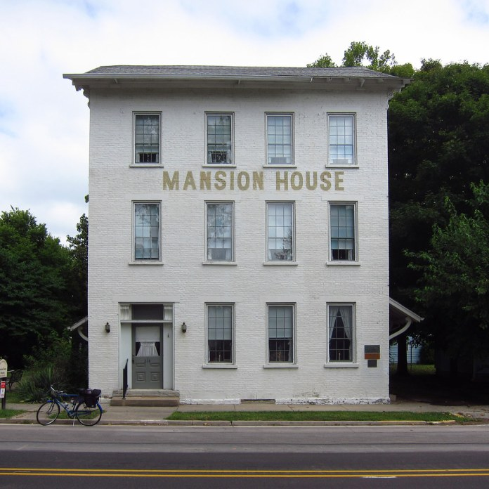 The Mansion House, Centerville