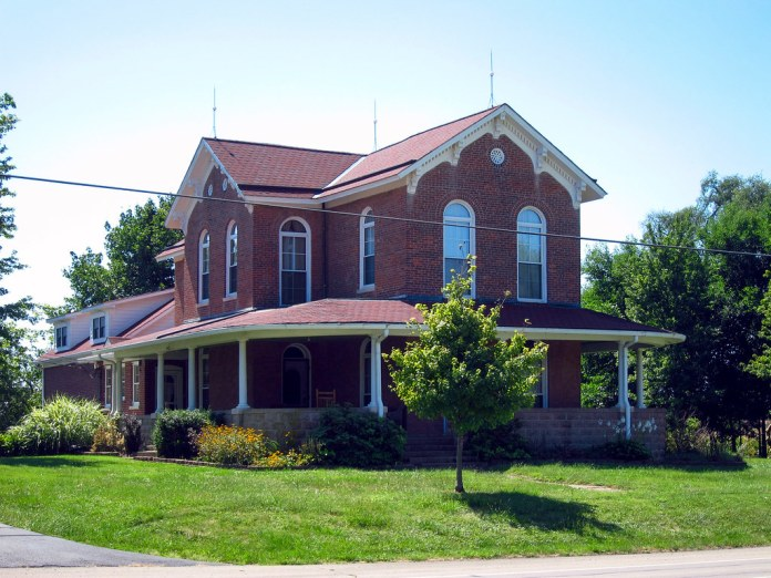 Old house, US 40