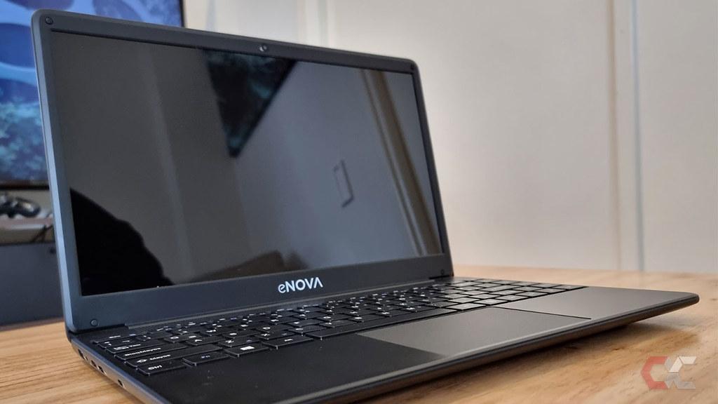 Review-enova-Ci3-Overcluster-Laptop-Costad