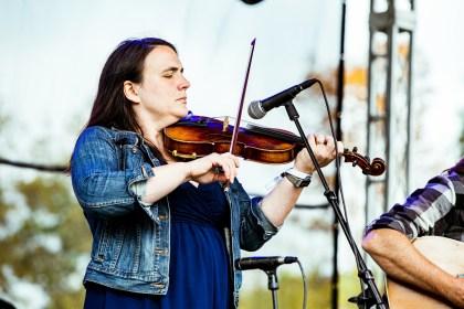 Jesse Milnes & Emily Miller