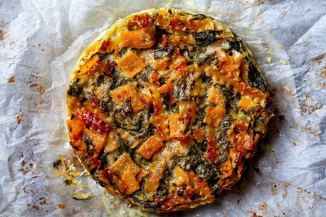 winter squash and spinach pasta bake