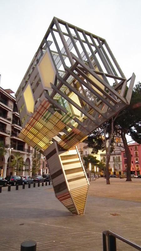 escultura Device to Root out Evil, autor: Denis Oppenheim Palma de Mallorca 33