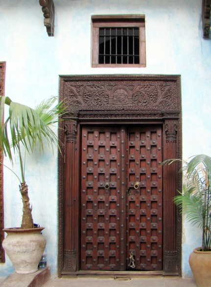 puertas Stone Town Zanzibar Islas Tanzania 04
