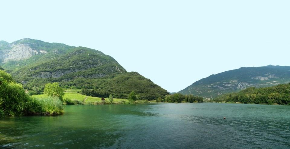 panoramica Lago Garda Italia 01