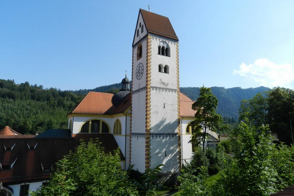 exterior Monasterio Basílica barroca de San Mang en Füssen Baviera Alemania 01
