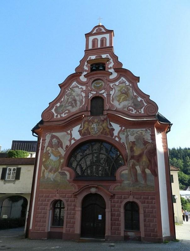 exterior Iglesia del Hospital del Espiritu Santo Füssen Baviera Alemania 01