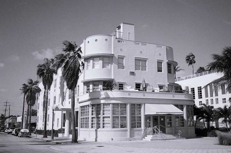 Art Deco Hotel