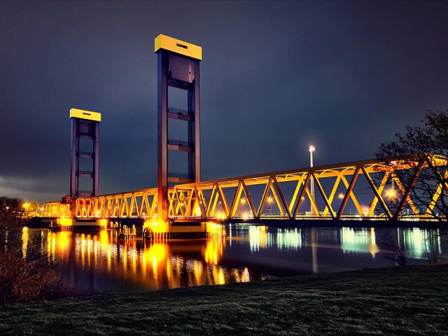 Kattwykbrücke: bijzondere bruggen in Hamburg | foto Tim Gerdts