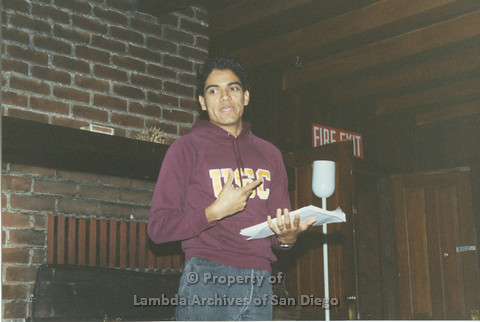 P001.195m.r.t Retreat 1991: man in USC sweater speaking