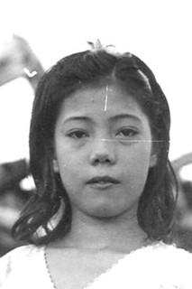 Young Beatrice Flores Emsley