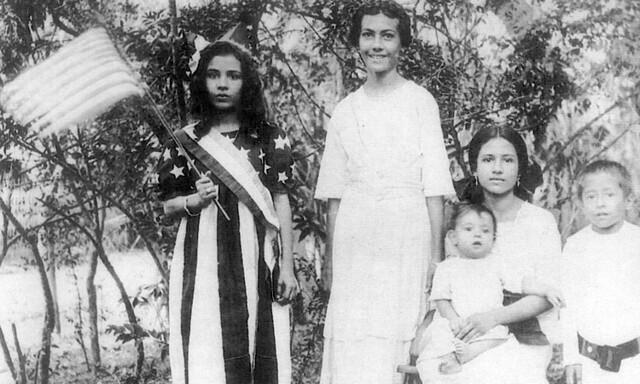 "Baby Rosa ""Beta"" Perez Salas, 1927"