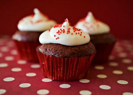 red-velvet-cupcakes_23