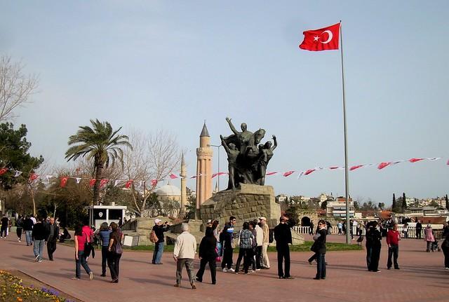 Cumhuriyet Meydanı by bryandkeith on flickr
