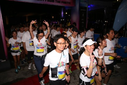 Brooks Run Happy Singapore 2013