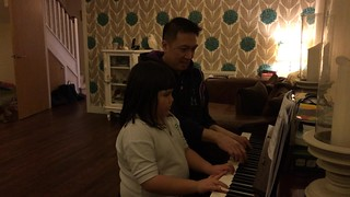 Amélie and daddy piano duet
