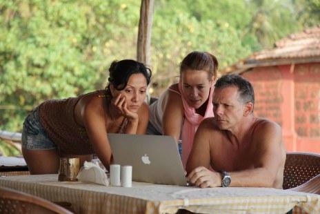 Dulce, Diana and Jamie working