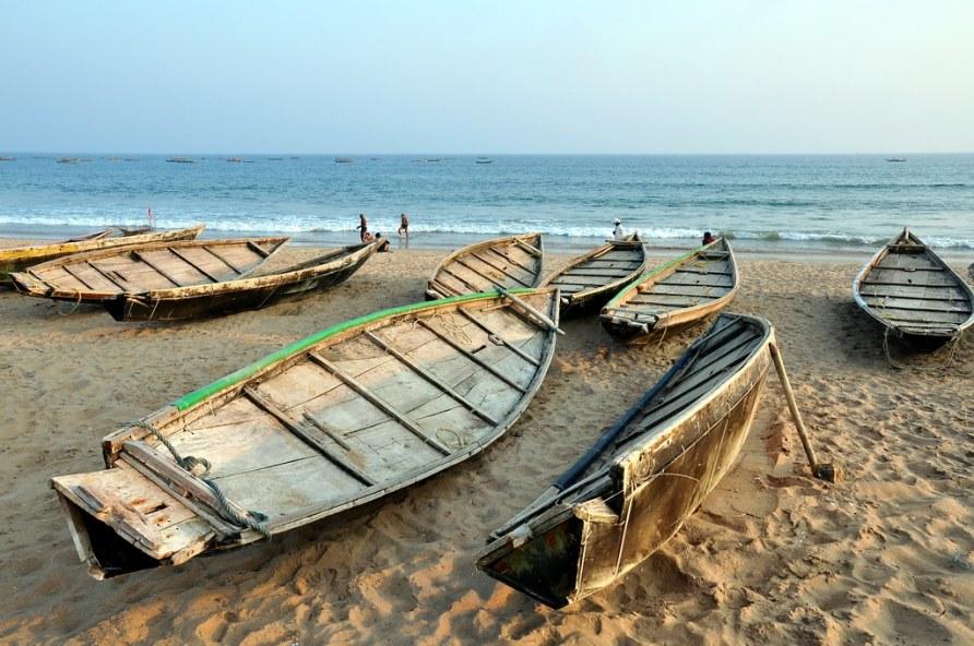 India - Odisha - Puri - Fishing Boats - 2