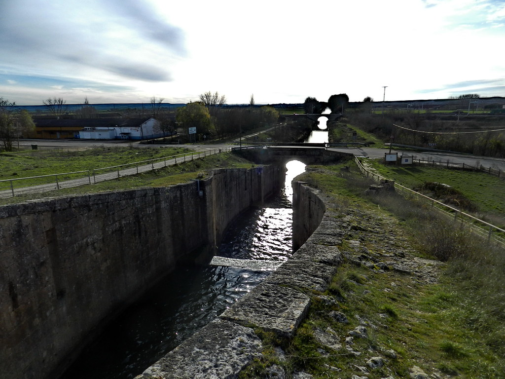 Canal de Castilla Esclusas en Fromista Palencia 07