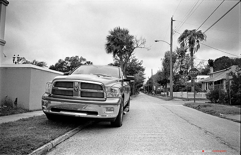 Kodak Tri-X 400@200 - American Truck