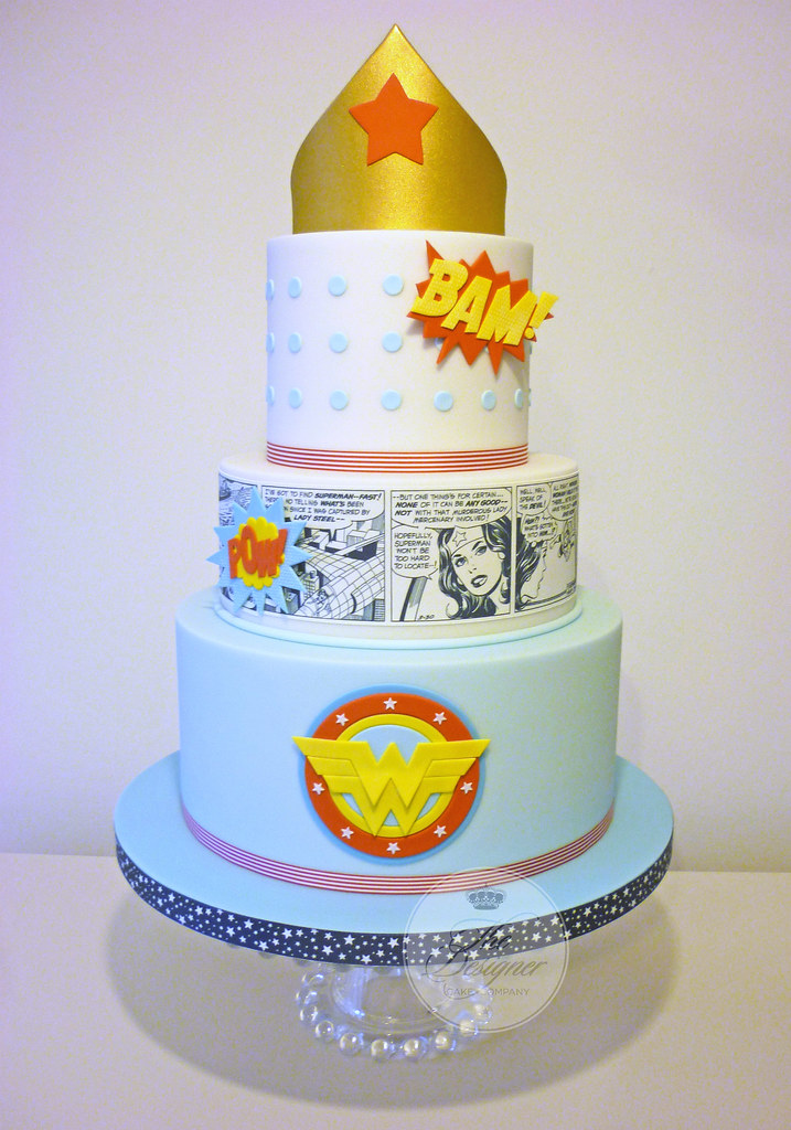 Wonder Woman Birthday Cake Isabelle Bambridge Flickr