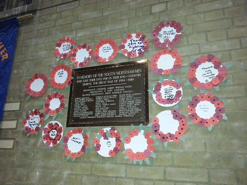 Clark Pack #Merstham #cubs pay tribute to the fallen of South Merstham