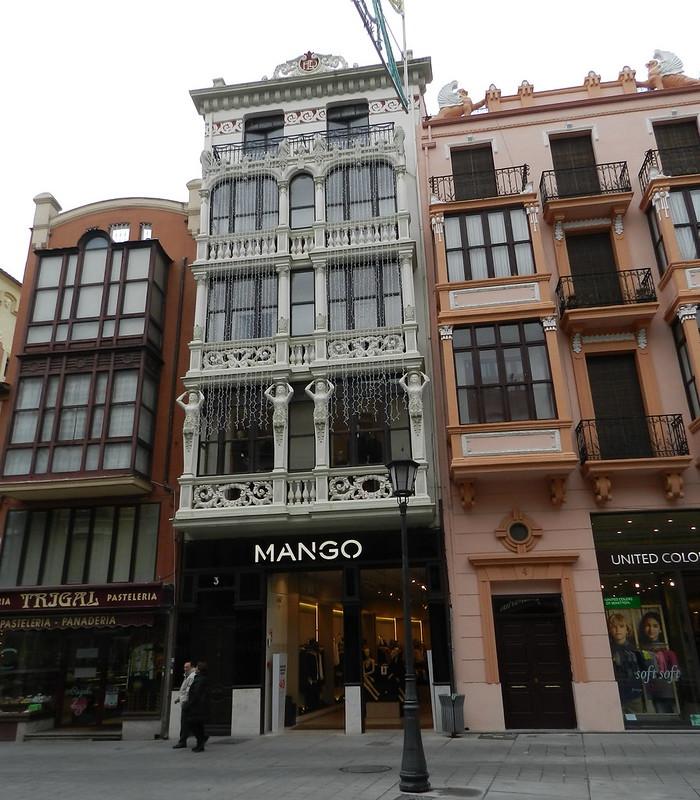 Zamora edificios modernistas en la plaza de Sagasta 22