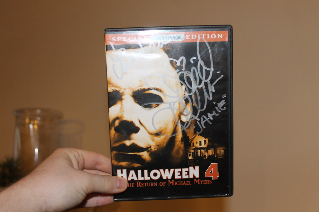 The return of michael myers (1988). My Signed Halloween 4 Dvd Penguinsarecool79 Flickr