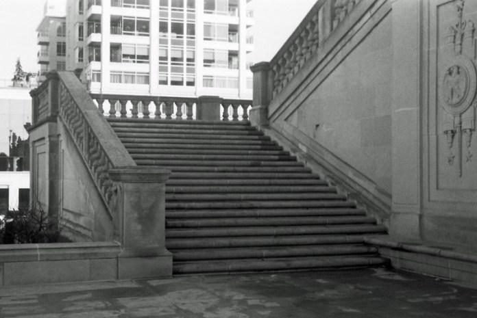 Monument steps