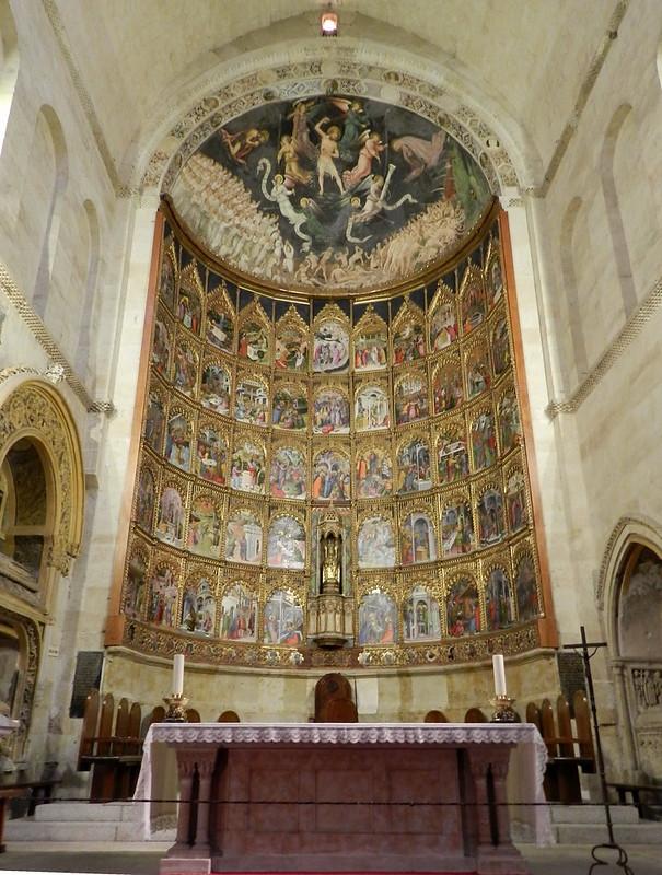 Nave central Retablo Mayor de la Catedral Vieja de Salamanca 04