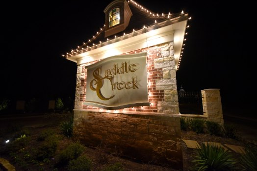 Gateway Village - Saddle Creek - Christmas 2016