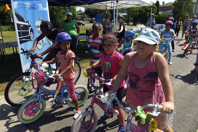 2016 39 Manitou bike parade_700