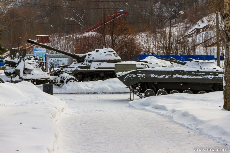 Экспозиция военной техники, Парк Победы