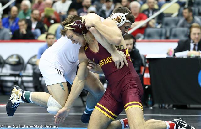 7th Place Match - Jordan Kutler (Lehigh) 25-6 won by decision over Devin Skatzka (Minnesota) 30-11 (Dec 5-1) - 190323emk0104