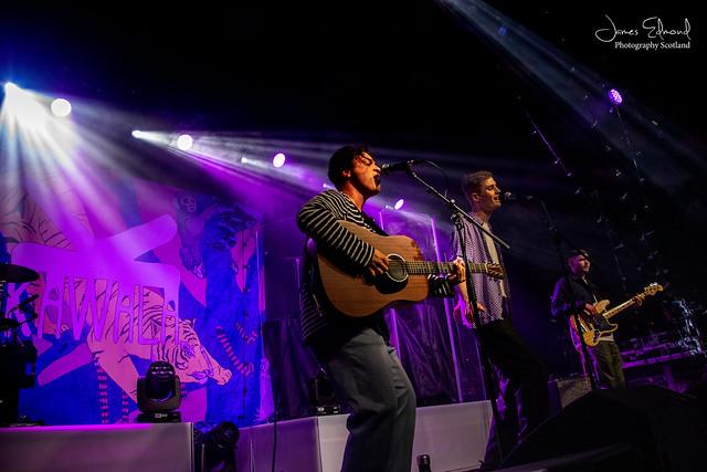 Kawala supporting Dodie at Glasgow Barrowland