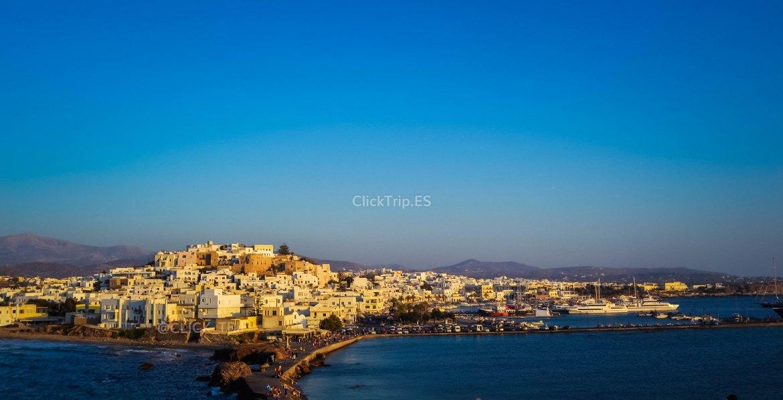 Que ver en Naxos | Vista de Naxos desde la Puerta de Apolo | Islas Griegas | ClickTrip.ES