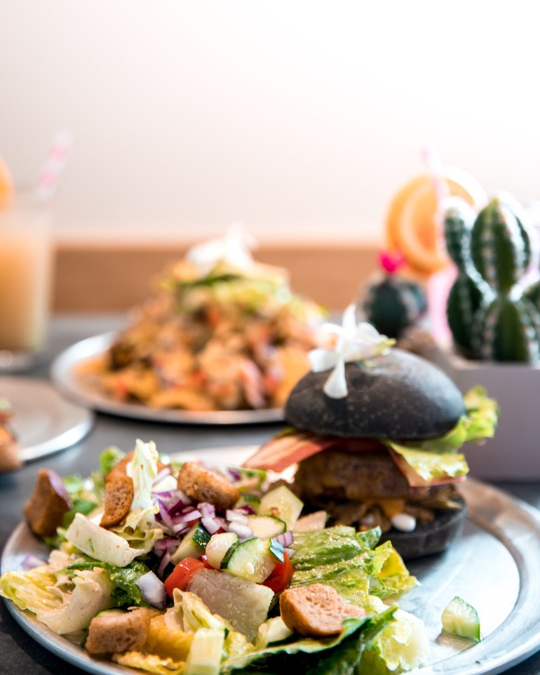 VIBE CAFE & HEALTH BAR - Vegan Food Big Island