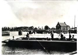 Spijkerboor - zicht op brug bij Kamerhop