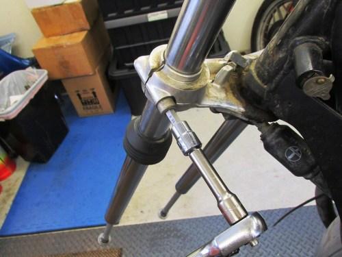 Remove Lower Triple Clamp Allan Bolt