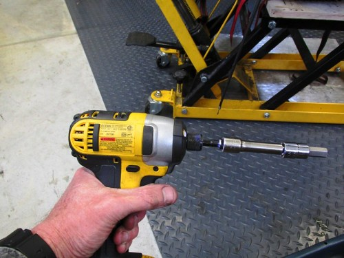 Electric Impact Wrench Makes Slider Bolt Removal Easy
