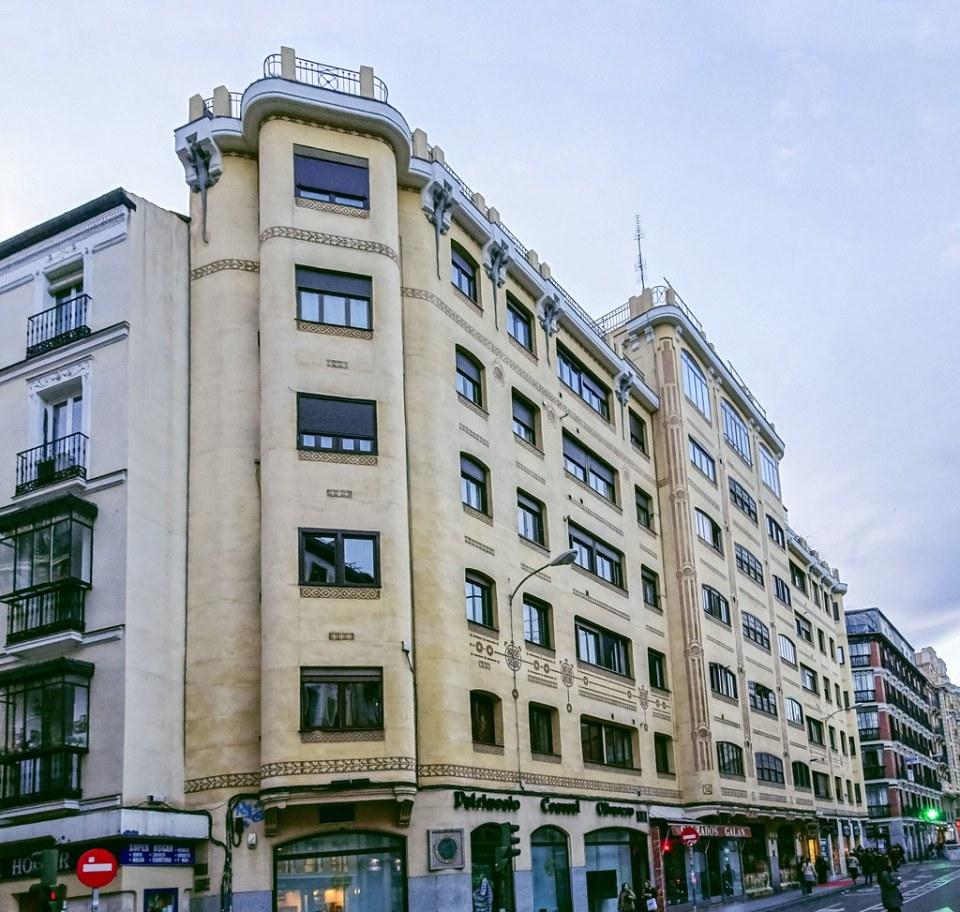 Casa de los Lagartos calle Mejia Lequerica Madrid 01