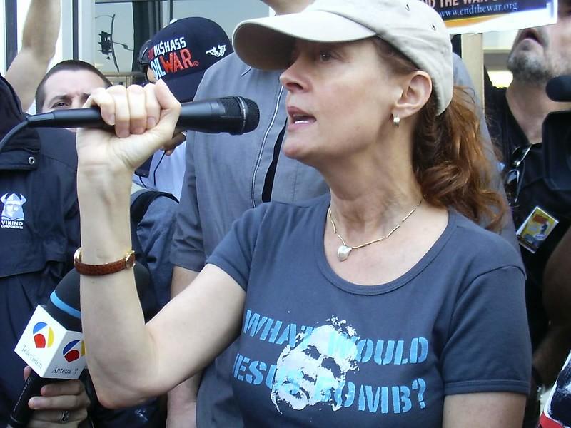 Susan Sarandon, Feb 02 antiwar demo LA