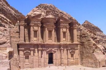 Het was de moeite waard, het Ad-Deir klooster bovenaan is het best bewaard gebleven.